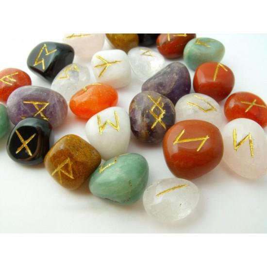 Ametiszt-Aranykvarc-Aventurin-Hegyikristály-Jáspis-Karneol-Ónix-Rózsakvarc-Tejkvarc Rúna kő